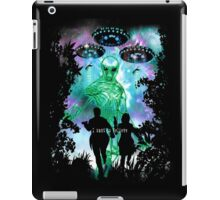 The X-Files Alien Invasion iPad Case/Skin
