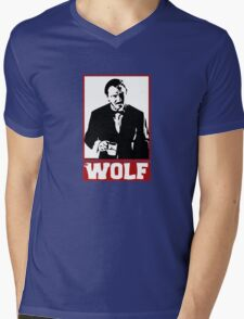 wolf Mens V-Neck T-Shirt