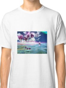 Tulips in water Classic T-Shirt