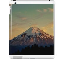 Mount Saint Helens at Sunset Before the Eruption iPad Case/Skin