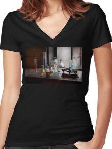 Science - Chemist - Chemistry Equipment  Women's Fitted V-Neck T-Shirt