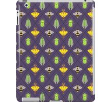 Insecta Geometrica - Geometric Insects Pattern iPad Case/Skin