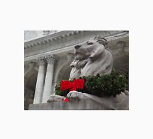 Lion Sculpture, Holiday Decorations, New York Public Library, New York City T-Shirt