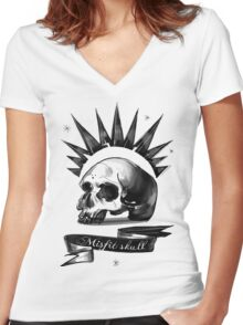 Life is strange Chloe misfit skull Women's Fitted V-Neck T-Shirt