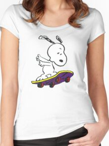 Snoopy skate Women's Fitted Scoop T-Shirt