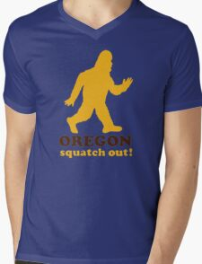 Squatch Out Oregon Mens V-Neck T-Shirt