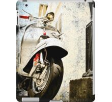 VINTAGE POSTER : CLASSIC iPad Case/Skin