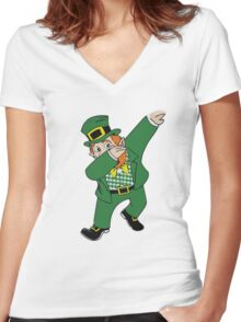 dancing greenman Women's Fitted V-Neck T-Shirt