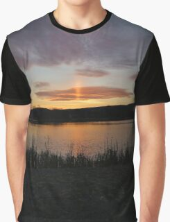 Island Pillar Graphic T-Shirt
