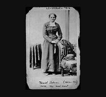 Harriet Tubman: Nurse, spy, and scout Unisex T-Shirt