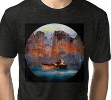 Ruines Tri-blend T-Shirt