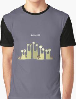 Snug Life Graphic T-Shirt