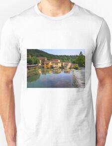 Borghetto sul Mincio Unisex T-Shirt