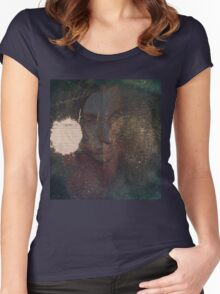 Rave in the Apartment Sleepy Fox Women's Fitted Scoop T-Shirt