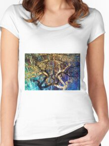 The mysterious face of nature Women's Fitted Scoop T-Shirt