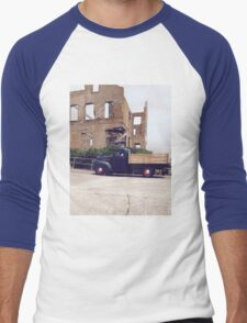 A price of history Men's Baseball ¾ T-Shirt