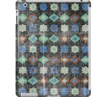 Retro pattern old geometrical grunge textile print fabric background iPad Case/Skin