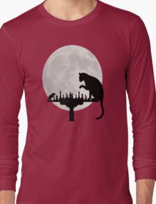 Cat and Rat Playing Chess  Long Sleeve T-Shirt