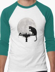 Cat and Rat Playing Chess  Men's Baseball ¾ T-Shirt