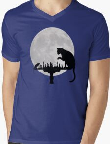 Cat and Rat Playing Chess  Mens V-Neck T-Shirt