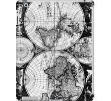 Vintage Map of The World (1685) Black & White iPad Case/Skin