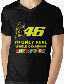 Valentino Rossi 46: The only real 2015 World Champion MotoGp Mens V-Neck T-Shirt