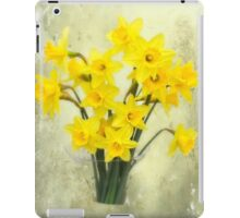 Daffodils in springtime iPad Case/Skin