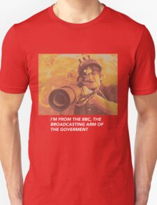"""Louis Theroux """"IM FROM THE BBC"""" Unisex T-Shirt"""