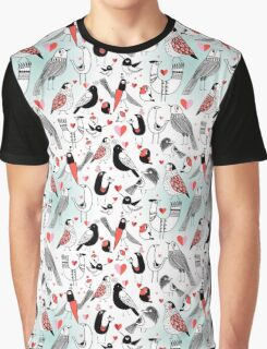 Graphic pattern in love birds  Graphic T-Shirt