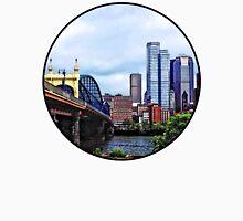Pittsburgh PA - Pittsburgh Skyline by Smithfield Street Bridge Unisex T-Shirt