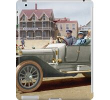 Coloriee Autry Family in a Winton Touring Car circa 1915 iPad Case/Skin