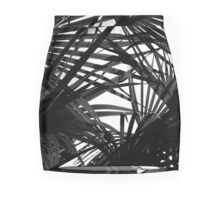 Light in Palm leaves Black and White Pattern Mini Skirt