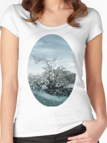 Meet By The Water Women's Fitted Scoop T-Shirt