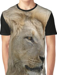 Lion Full Face Graphic T-Shirt