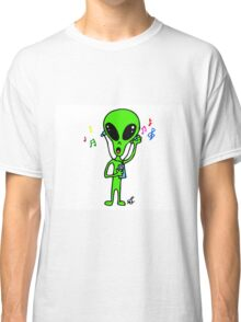 Little Greenie the Alien Discovers MP3 Music! Classic T-Shirt