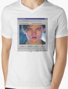 dicaprio crying  Mens V-Neck T-Shirt