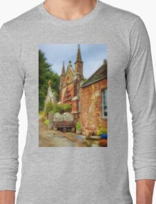 Delgatie Castle - Folly 2 (near Turriff, in Aberdeenshire, Scotland) Long Sleeve T-Shirt