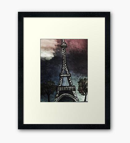 eiffel tower (dark) Framed Print
