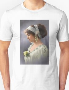 Colorized Vintage Young Beauty III Unisex T-Shirt