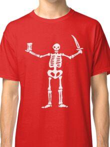 Black Sails Pirate Flag White Skeleton Classic T-Shirt