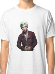 Ross Lynch R5 Flower Crown Classic T-Shirt