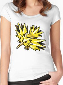 Zapdos Retro Women's Fitted Scoop T-Shirt