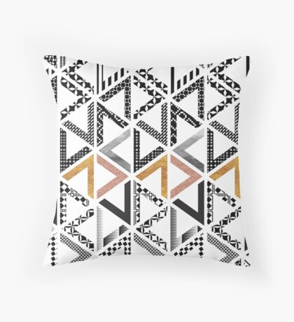 Labyrinth I Throw Pillow