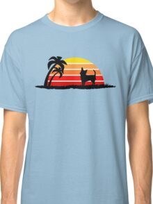 Chihuahua on Sunset Beach Classic T-Shirt