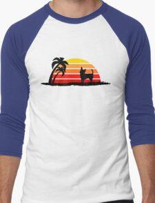 Chihuahua on Sunset Beach Men's Baseball ¾ T-Shirt