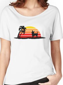 Chihuahua on Sunset Beach Women's Relaxed Fit T-Shirt