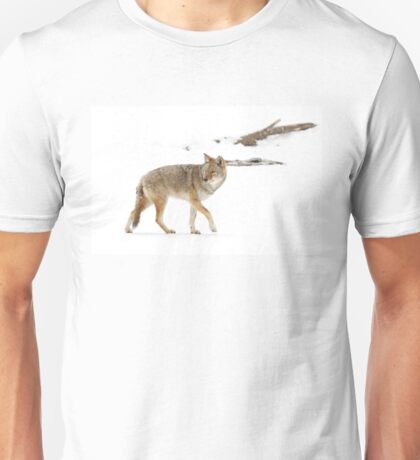 On the hunt - Coyote Unisex T-Shirt