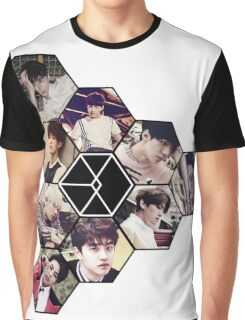 """EXO """"Love Me Right"""" Graphic T-Shirt"""