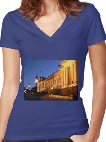 Parliament House, Melbourne Women's Fitted V-Neck T-Shirt