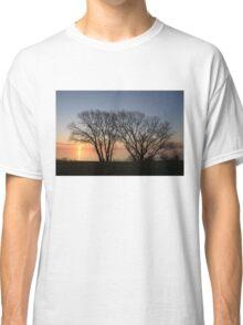 November Sunrise on Lake Ontario in Toronto, Canada  Classic T-Shirt